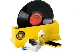 Henleys-Record-Washer-System-MkII-Turntable-cleaning