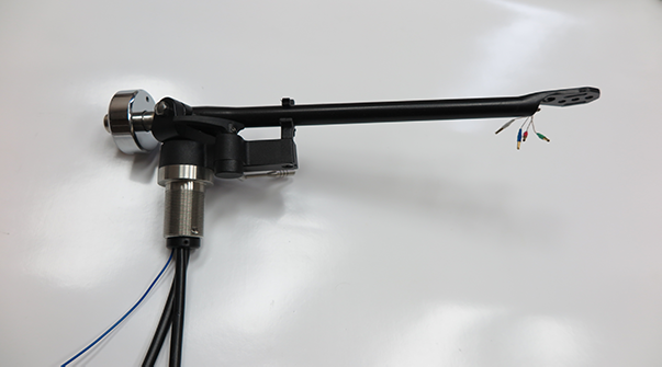 Rega Tonearm Before fitting the VTA Aduster
